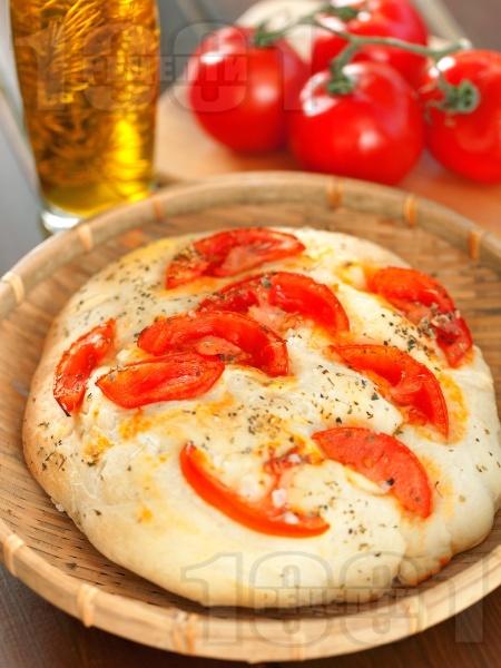 Фокача с домати и риган - снимка на рецептата